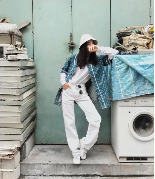 Tín đồ thời trang thế giới lăng xê BST Louis Vuitton x Supreme