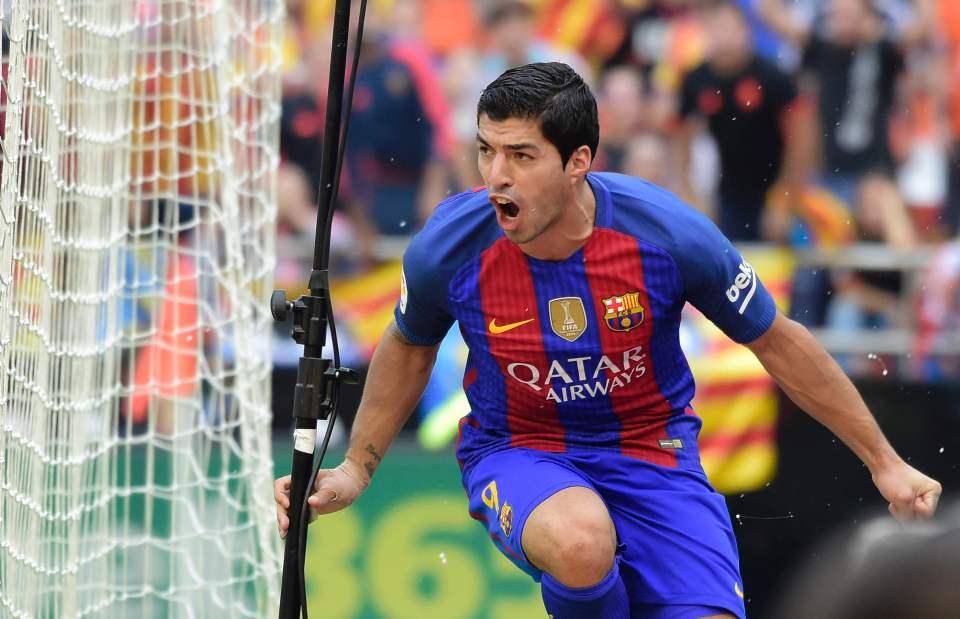 Liverpool săn hàng Pulisic,MU có khả năng mua Suarez