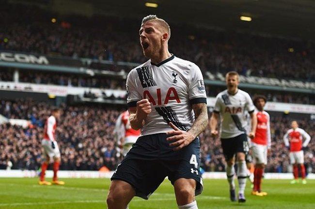 Toby Alderweireld trong màu áo Tottenham Hotspur