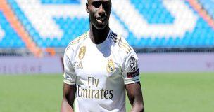 Mendy sẵn sàng thách thức Marcelo tại Real