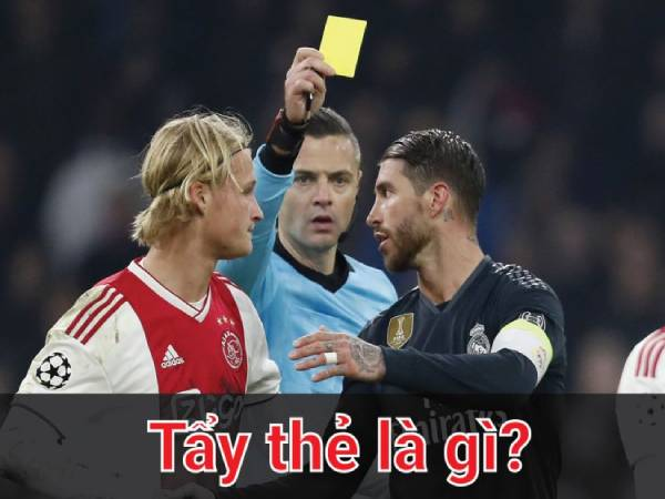 Tẩy thẻ là gì? Bản chất thực sự của tẩy thẻ trong bóng đá