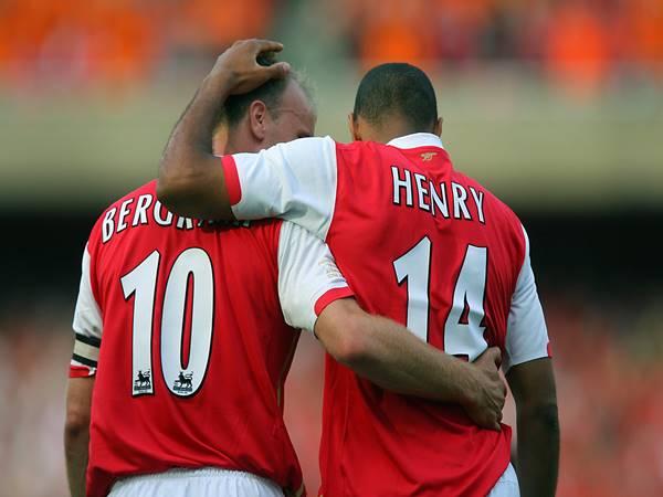 Tiền đạo Arsenal xuất sắc nhất là ai?